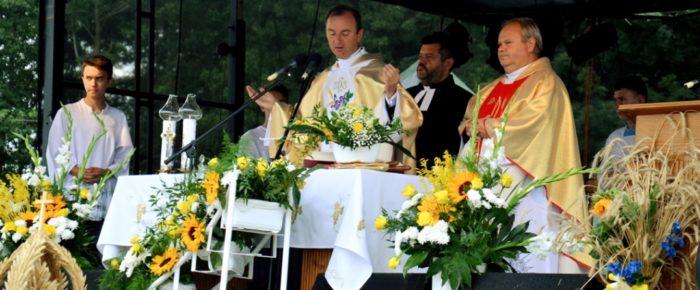 Dożynki parafialne w Żdżarach – 2016